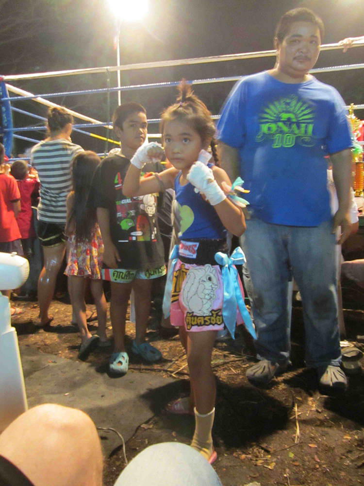 This little girl has had over 20 fights, 18 against boys, and won almost all of them.